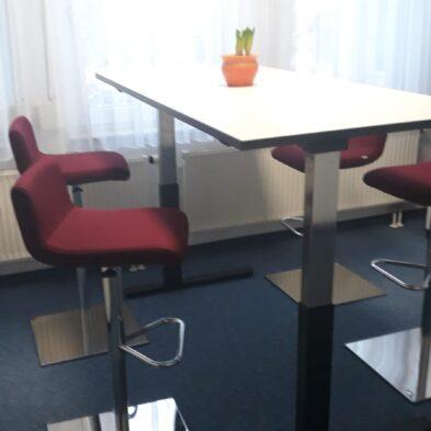 Uhlmanns Büro Komplett Empfangslösungen